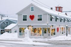 This photo we took in February 2015 reminds us how much serious snow we had this time last year!!! Wow. We're open 10-6 every day of the week so make sure to stop by soon and pick out something sweet for your Valentine! #tbt #valentinesday #mainewinter #kennebunkport #docksquare #maine #daytripsociety
