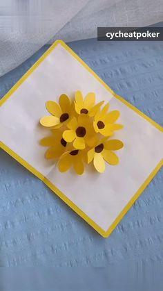 Paper Flowers Craft, Paper Crafts For Kids, Diy Arts And Crafts, Flower Crafts, Handmade Teachers Day Cards, Teachers Day Greeting Card, Greeting Cards Handmade, Motifs Perler, Paper Flower Tutorial