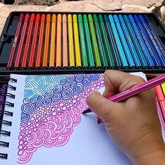 Easy Doodles Drawings, Easy Doodle Art, Doodle Art Designs, Doodle Art Drawing, Pencil Art Drawings, Cool Drawing Designs, Easy Sketches To Draw, Doodle Kids, Doodling Art