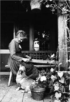 Tasha Tudor was born in Boston in 1915, but she lived the life of a 19th century woman, spinning her own clothes, raising animals and vegetables for food and living without electricity and water for many years.