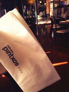 @fernandamilans sólo nos enseñó la servilleta. No le dio tiempo a hacer foto de la pizza