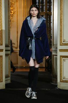 Moon Young Hee Ready To Wear Fall Winter 2015 Paris