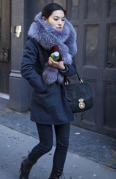 New York Fashion Week: Day 2 Street Style Fur Fashion, Look Fashion, Womens Fashion, Winter Wear, Autumn Winter Fashion, Winter Looks, Fabulous Furs, Inspiration Mode, Kitenge