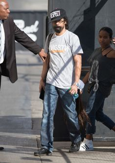 Damian Marley Photos - Damian Marley is seen at 'Jimmy Kimmel Live' on September - Damian Marley Photos - 34 of 155 Damian Marley, Bob Marley, Marley Brothers, Rasta Colors, Jimmy Kimmel Live, Best Rapper, Jay Z, Red Carpet Looks, Baby Daddy