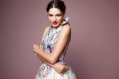 Even strong colors don't miss their effects unless they mix wildly. Evening Gowns, Strong, Couture, Collection, Flower, Colors, Dresses, Evening Gowns Dresses, Vestidos