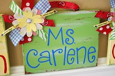 I wonder if I can paint the canvas and use my cricut to cut the letters.I may be busy Cute Teacher Gifts, Teacher Appreciation Gifts, Vinyl Crafts, Vinyl Projects, Diy Gifts, Great Gifts, Name Canvas, Custom Canvas, Painting Patterns