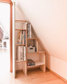 » Individuelle Möbel für die Dachschräge - DIY & Buy Girl Life Hacks, Reclining Sofa, Ladder Bookcase, My New Room, Diy Crafts For Kids, New Homes, Shelves, Interior Design, Bedroom