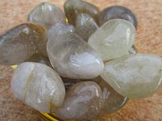 Rutilated quartz: An energizing stone that helps get energy moving on all levels. It assists with mental focus. It is also said to attract love and stabilize relationships.