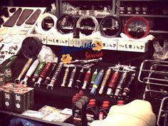 """Tutta La Ricambistica Nuova Usata e Originale dell'Epoca ...Al Cambio Look della Tua Vespa ci Pensiamo Noi... Affidati a Chi Fa Questo Lavoro con Professionalità , Passione , e Competenza.. La Nostra Migliore Pubblicità è il Vostro Passaparola... 🖥www.petralitoservice.it ☎081/0481221 📩info@petralitoservice.it """"🐝 You Love Vespa?? We Love You..🐝"""" #petralitoservice #ricambieaccessorivespa #vespa #piaggio #vespedepoca #farobasso #rally #passioneinvespa #restauri"""