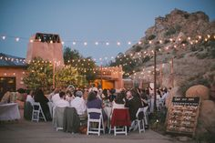 DIY bohemian desert wedding | Photo by Fondly Forever Photography | Read more - http://www.100layercake.com/blog/?p=75943