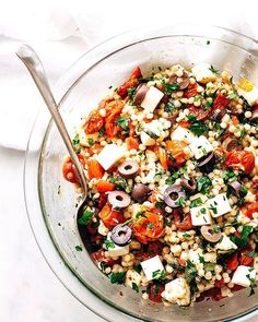 Learn how to make an easy italian couscous salad with roasted tomatoes and Slow Cooker Soup, Slow Cooker Recipes, Soup Recipes, Chicken Recipes, Cooking Recipes, Cake Recipes, Healthy Recipes, Couscous Salad Recipes, Couscous Salat