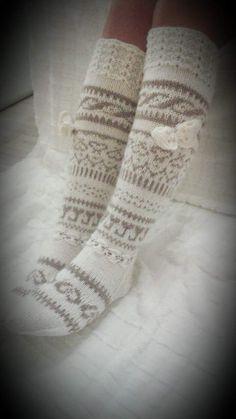 Wool Socks, Knitting Socks, Hand Knitting, Knitting Patterns, Crochet Patterns, Crochet Quilt, Knit Crochet, Crochet Boots, Stocking Tights