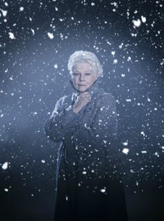 A first look at Judi Dench in The Winter's Tale!  Kenneth Branagh Theatre…