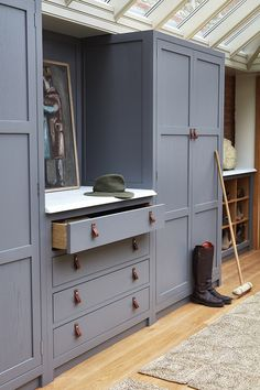 New House Entrance Lobby Mud Rooms 57 Ideas Boot Room, Porch Storage, Interior, Home, Kitchen Cabinets, Hallway Storage, Boot Room Utility, Cabinetry, Closet Design