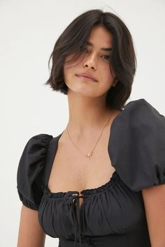 Pretty Hairstyles, Bob Hairstyles, Neck Length Hairstyles, Short Straight Hairstyles, 27 Piece Hairstyles, Shot Hair Styles, Long Hair Styles, Short Hair Cuts, Short Hair With Bangs For Round Faces