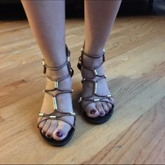 "🎉FINAL SALE🎉Steve Madden Gladiator Sandals Gorgeous Gladiator sandals, worn once. It just has a little scuff in the front but it's not noticeable as you can see in the last picture, heel about ""1 1/2""in high. Steve Madden Shoes Sandals"