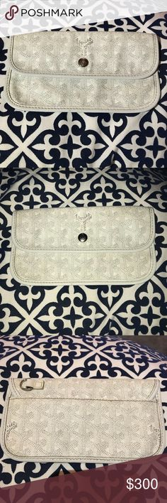Authentic Goyard White Pouchette Wallet GUC Goyard White Pouchette Wallet. Exterior is in EXCELLENT condition, interior has some marks from use but not noticeable when you have stuff in it! Goyard Bags Wallets