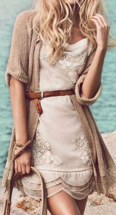 Gorgeous neutrals in the same tone, so feminine and classy. You can recreate this long cardigan- by adding an aged lace trim to the bottom of a one you already have!