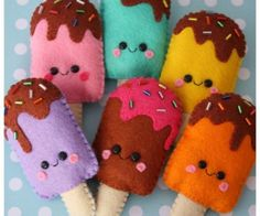 Loisirs créatifs : personnages et gâteaux en feutrine Cute felt ice lollies ! Blooming Felt's thick wool felt would make these beautifully www. Felt Diy, Felt Crafts, Diy Crafts, Fabric Crafts, Diy For Kids, Crafts For Kids, Arts And Crafts, Sewing Crafts, Sewing Projects