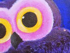 PientäSuurtaNäpertelyä: Pöllönen. Pieni tarina oksalla istuvasta pöllöstä.  Akryylivärimaalaus.