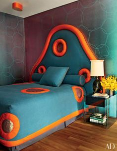 For a granddaughter's bedroom, Mattia Bonetti dreamed up a fantastical headboard and matching bedspread with orange calfskin accents. He also designed the walls' hand-painted circular motif as well as the cast-bronze table lamp. Next Bedroom, Bedroom Eyes, Kids Bedroom, Pink Bedrooms, Kids Room Design, Design Bedroom, Headboards For Beds, Unique Headboards, Dream Decor