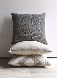 #cairo #jute #cushion in #taupe and #raven