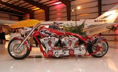 Custom Twin-Engine Motorcycle, can't see the nitrous-oxide bottle...maybe it doesn't need ni-ox!!