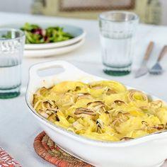 Πατάτες και πράσα στο φούρνο με κρέμα και γραβιέρα | Έθνος Macaroni And Cheese, Ethnic Recipes, Food, Mac And Cheese, Essen, Meals, Yemek, Eten