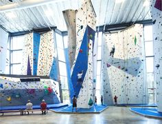 www.boulderingonline.pl Rock climbing and bouldering pictures and news Climbing walls are b