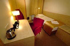'Wiśniowy' room in 'Na Skrytej' Hotel