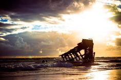 ITAP of the Wreck of the Peter Iredale on the Oregon Coast http://ift.tt/2fnAwx0