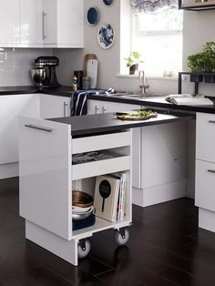 Don't feel limited by a small kitchen space. Get design inspiration from these charming small kitchen designs. Kitchen Ikea, Kitchen Furniture, Kitchen Interior, Kitchen Cupboard, 10x10 Kitchen, Kitchen Cart, Small Space Kitchen, Kitchen Counters, Small Spaces