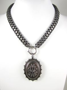 Birmingham England sterling locket and book chain necklace at www.thelushlifeantiques.com $900 Chain Jewelry, Jewlery, Victorian Books, Birmingham England, Silver Lockets, West Midlands, Edwardian Era, Pendant Necklace, Antiques