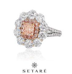 Rosamaria G Frangini | High Pink Jewellery | An elegant pink diamond ring by Setare