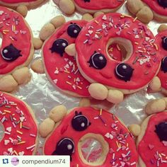 Nothing sweeter than Shopkins cookies!  #Repost @compendium74