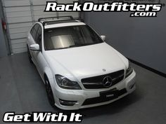 Mercedes-Benz C-Class Thule BLACK AeroBlade EDGE Roof Rack '07-'14* - Rack Outfitters