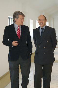 Osmá generace rodiny Villeroy & Boch, stále vlastnící tuto rodinnou firmu. Double Breasted Suit, Suit Jacket, Suits, Jackets, Fashion, Down Jackets, Moda, La Mode, Fasion
