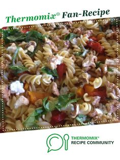 Recipe Cheats Capsicum, Feta and Walnut Pasta Salad by Leanne Sloss, learn to make this recipe easily in your kitchen machine and discover other Thermomix recipes in Side dishes. Yummy Recipes, Vegetarian Recipes, Cooking Recipes, Yummy Food, Food Dishes, Side Dishes, Spiral Pasta, Recipe Community, Food N