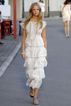 Chanel Resort 2011 Collection Photos - Vogue
