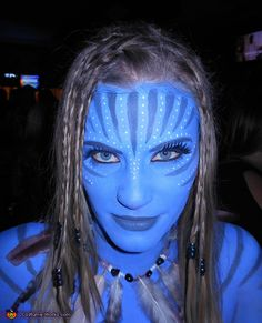 Gore-Free Halloween Makeup: Makeup can be one of the most dramatic aspects of a costume, or often a costume in itself. Get inspired by these blood-free makeup ideas to transform yourself this Halloween! Avatar Halloween Costume, Avatar Costumes, Avatar Cosplay, Halloween Costume Contest, Creative Halloween Costumes, Halloween Outfits, Halloween 2018, Halloween Ideas, Halloween Party