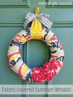 Fabric-Covered End of Summer Wreath @melaniecrichter #featured #turnituptuesday