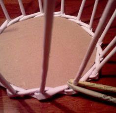 Hand made by Maggii: Jak zrobić najprostszy koszyczek - III etap: wyplatanie ścianek koszyka