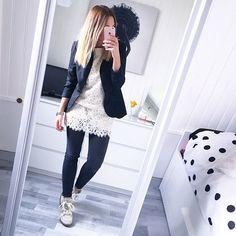 Petite robe blanche porté en tunique ⚪️ || #sunday#outfit #isabelmarant #isabelmarantshoes #spring