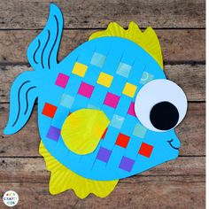 Arty Crafty Kids   Craft   Easy Woven Fish Craft   A fabulous fish craft, with a woven element that adds colour and is great for building fine motor skills. The perfect kids crafts for an Under the Sea unit! #underthesea #easycrafts #kidscrafts #fishcrafts