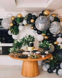 44 + Beautiful decoration ideas for your party - 44 + beautiful decoration ideas for your party, ideas - Deco Baby Shower, Shower Party, Baby Shower Parties, Baby Shower Themes, Baby Boy Shower, Baby Shower Decorations, Birthday Party Decorations For Adults, Tropical Party Decorations, Balloon Garland