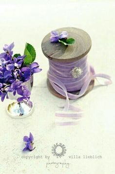 . Birth Colors, Lavender Cottage, Shades Of Violet, Flower Cart, Royal Colors, Sweet Violets, Small Bouquet, Birth Flowers, Pansies