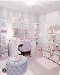 Teen Bedroom Designs, Bedroom Decor For Teen Girls, Cute Bedroom Ideas, Cute Room Decor, Room Ideas Bedroom, Teen Room Decor, Beauty Room Decor, Aesthetic Room Decor, Stylish Bedroom
