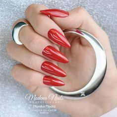 Elegant Nails, Hot Nails, Nails Inspiration, Red, Beauty, Classy Nails, Stylish Nails, Beauty Illustration