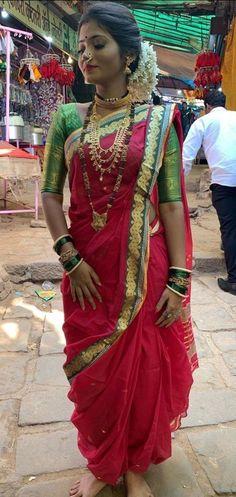 Maharashtrian Saree, Marathi Saree, Marathi Bride, Marathi Nath, Marathi Wedding, Bridal Hairstyle Indian Wedding, Indian Bridal Outfits, Indian Designer Outfits, Dress Indian Style