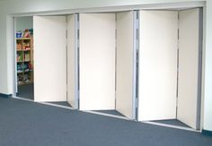 Modernglide movable acoustic wall Modernglide sliding folding partition Modernglide sliding glass partition Modernglide sound absorbant panels, walls that move Folding Partition, Folding Doors, Glass Partition, Partition Walls, Living Room Sliding Doors, Sliding Wall, Acoustic Wall, Acoustic Panels, Murs Mobiles